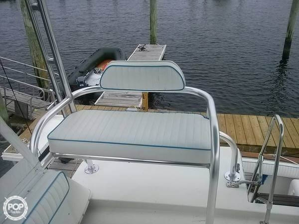 1987 Bayliner 33 - Photo #15