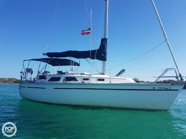 For sale used 1990 hunter 28 in panama city beach florida for Used boat motors panama city fl