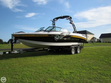 Correct Craft Super Air Nautique 230 Team Edition, 23', for sale - $78,000