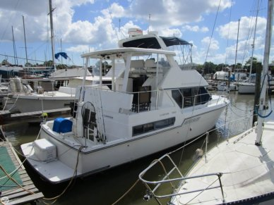 Carver 390 Cockpit Motor Yacht, 42', for sale - $70,900