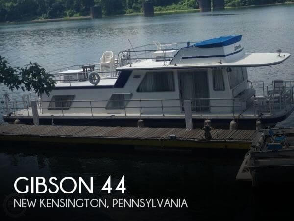 Used GIBSON Houseboats For Sale by owner | 1983 Gibson 44