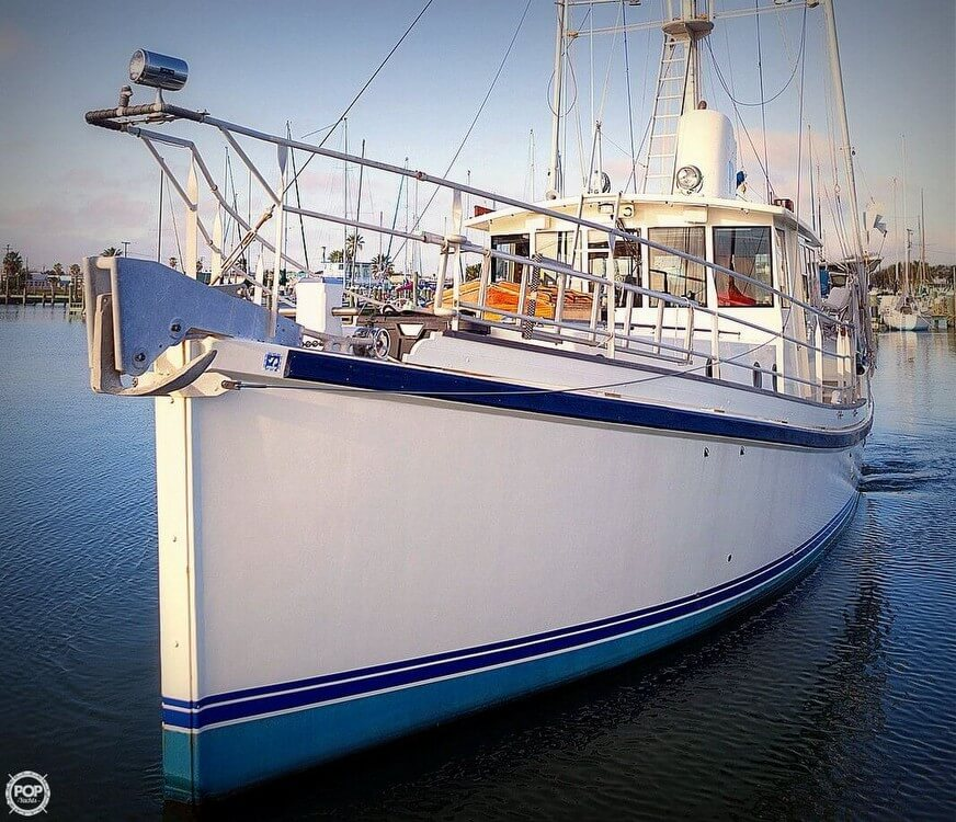 2009 Custom boat for sale, model of the boat is 46 Diesel Duck & Image # 12 of 40