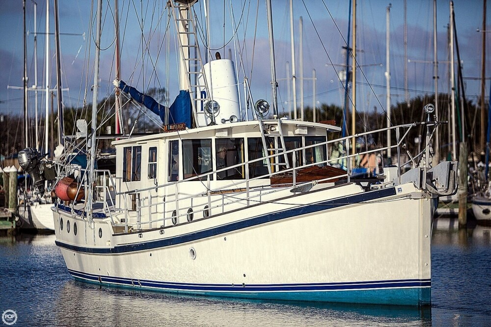 2009 Custom boat for sale, model of the boat is 46 Diesel Duck & Image # 17 of 40