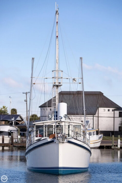 2009 Custom boat for sale, model of the boat is 46 Diesel Duck & Image # 19 of 40