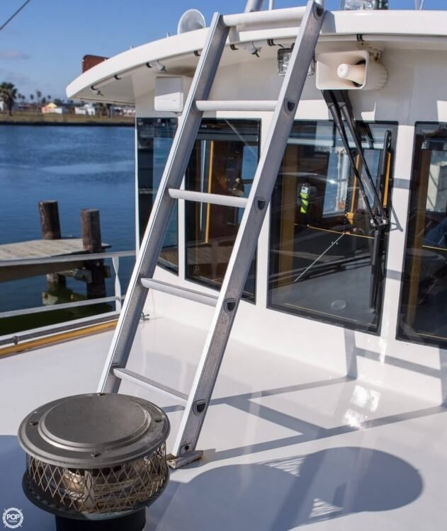 2009 Custom boat for sale, model of the boat is 46 Diesel Duck & Image # 22 of 40