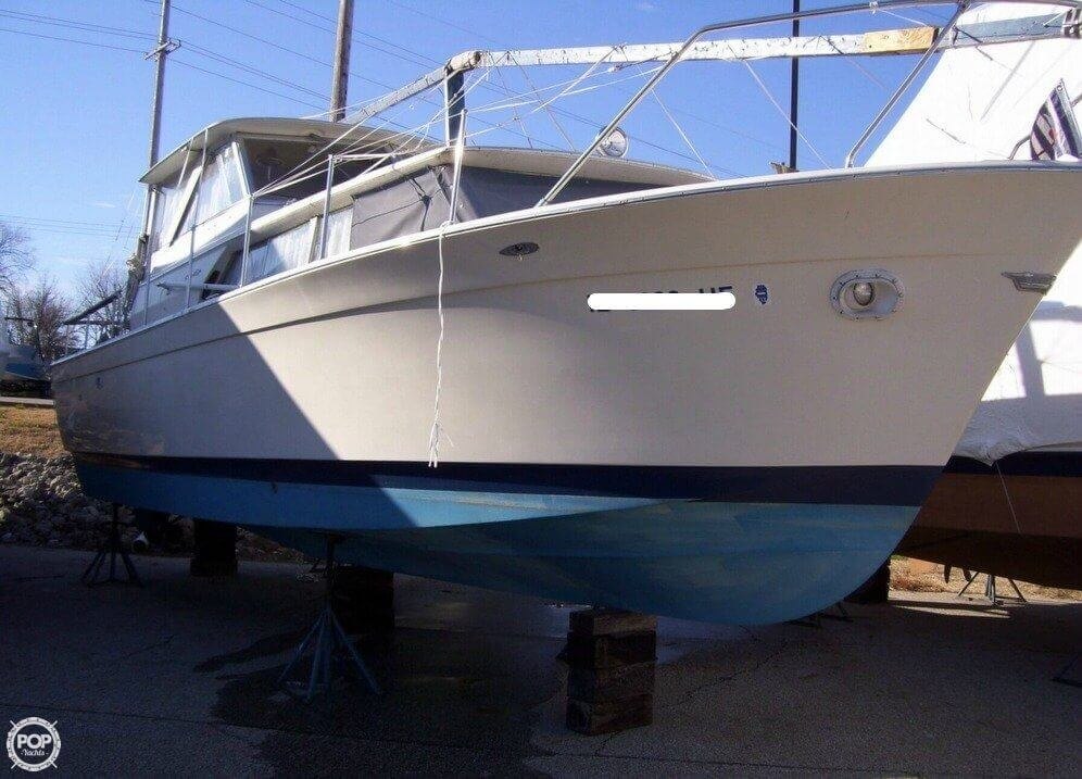 Used 1971 Chris Craft Commander 31 For Sale