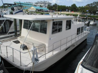 Holiday 35, 35', for sale - $15,000