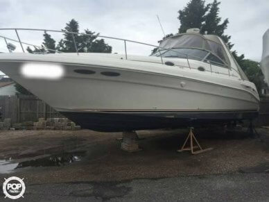 Sea Ray 340 Sundancer, 33', for sale - $56,000