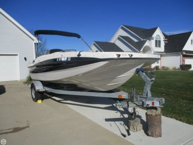 Bayliner 197 Deck Boat, 18', for sale - $27,800