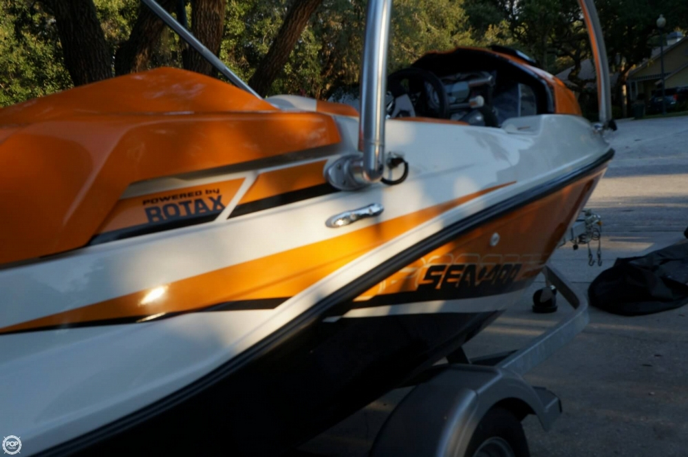 2012 Sea-Doo 15 - Photo #18