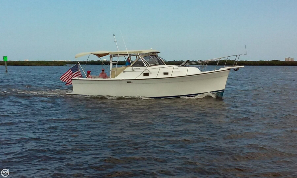 1987 Luhrs 30 - Photo #4