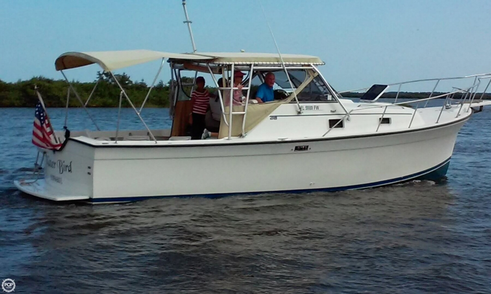 1987 Luhrs 30 - Photo #5