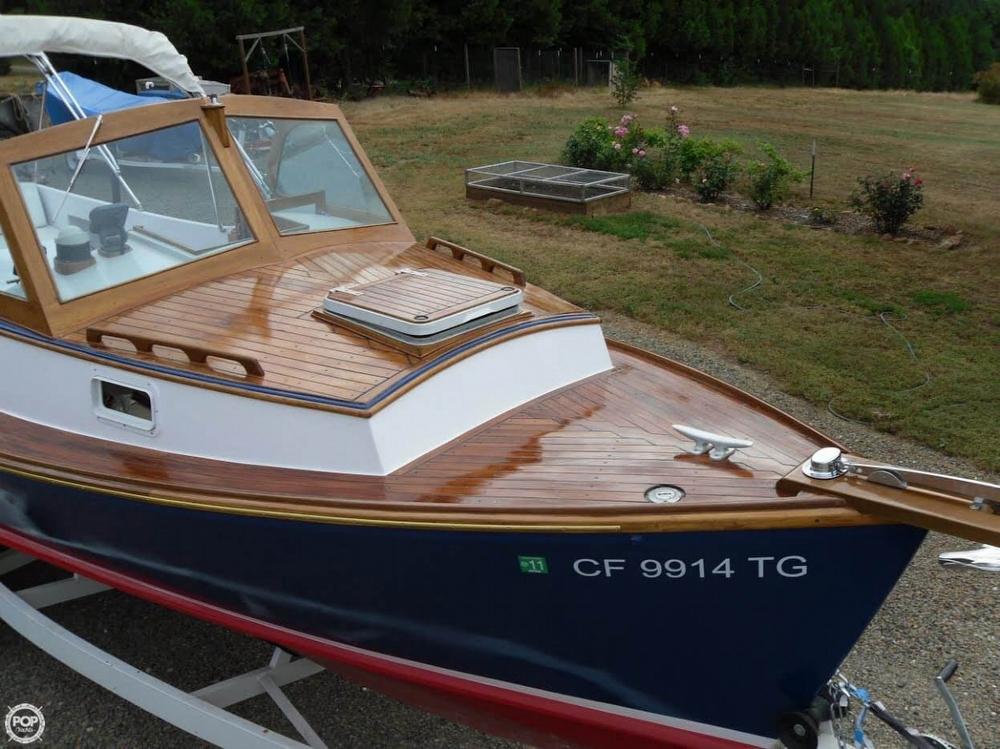 1986 C & C Yachts 26 - Photo #2