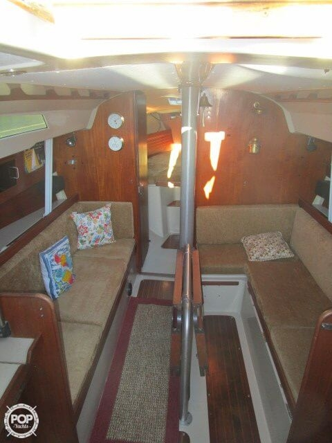 1980 C & C Yachts 34 - Photo #20