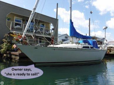 C & C Yachts 34, 34', for sale - $25,000