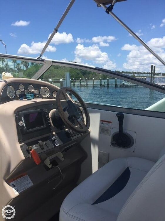2004 Glastron boat for sale, model of the boat is GS279 & Image # 4 of 41
