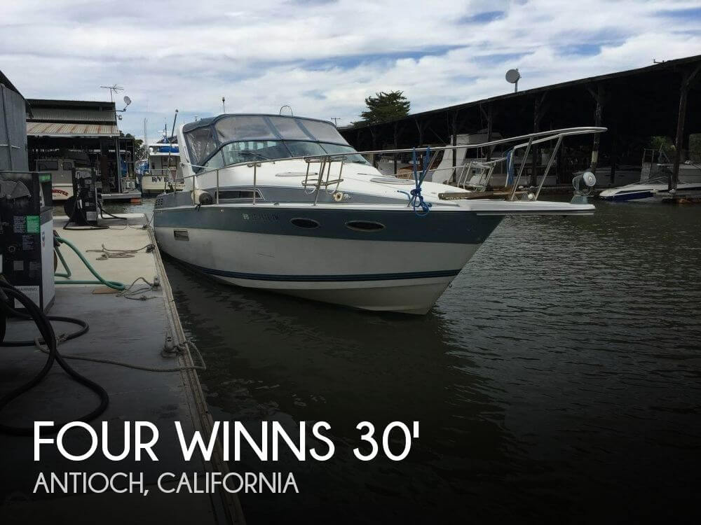 Used Four Winns 30 Boats For Sale by owner | 1989 Four Winns 30