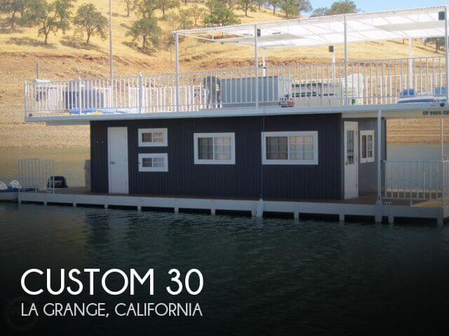 Used Houseboats For Sale in California by owner | 2000 Custom 30