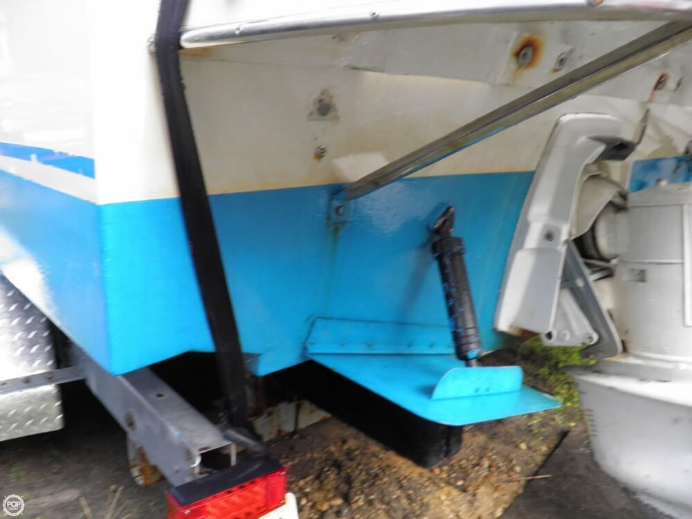 1988 Chris Craft boat for sale, model of the boat is Amerosport 250 & Image # 37 of 40