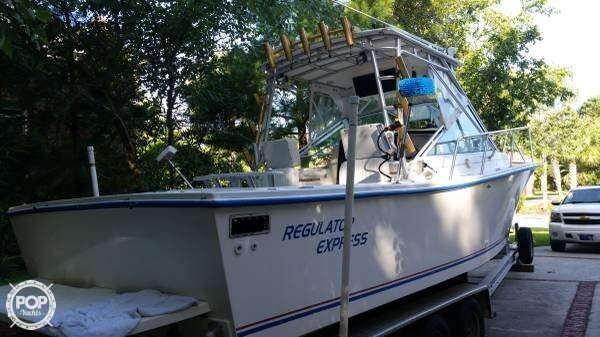 1996 Regulator Marine 25 - Photo #24
