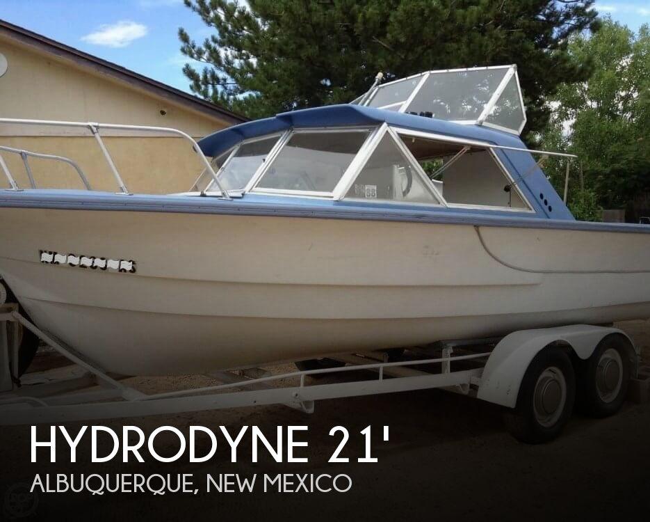 1967 Hydrodyne Crusader 21