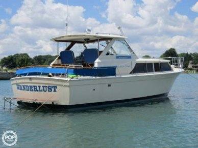 Chris-Craft 31, 31', for sale - $15,000