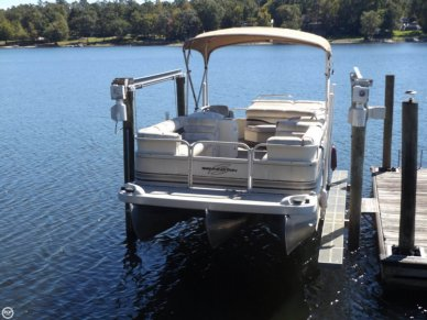 Bennington 2275LX, 22', for sale - $11,500