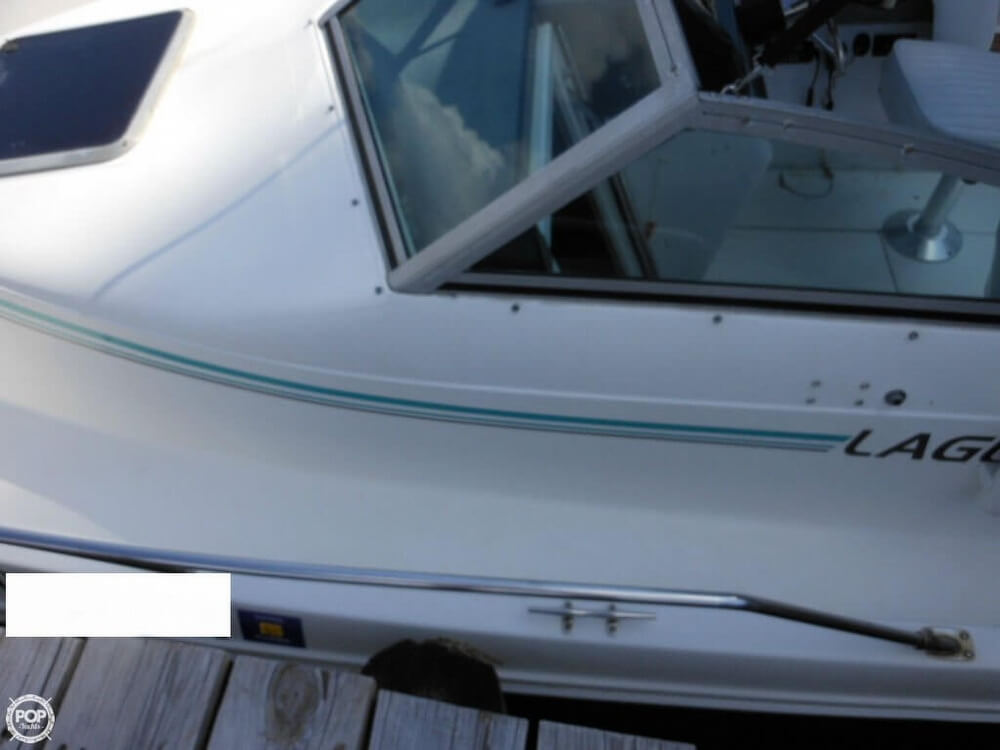 1993 Sea Ray boat for sale, model of the boat is Laguna 21 WA & Image # 15 of 40