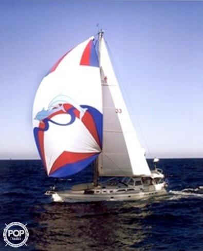 2000 Catalina 47 - Photo #6