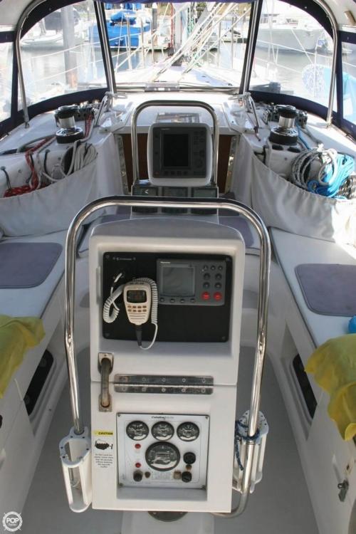 2000 Catalina 47 - Photo #5