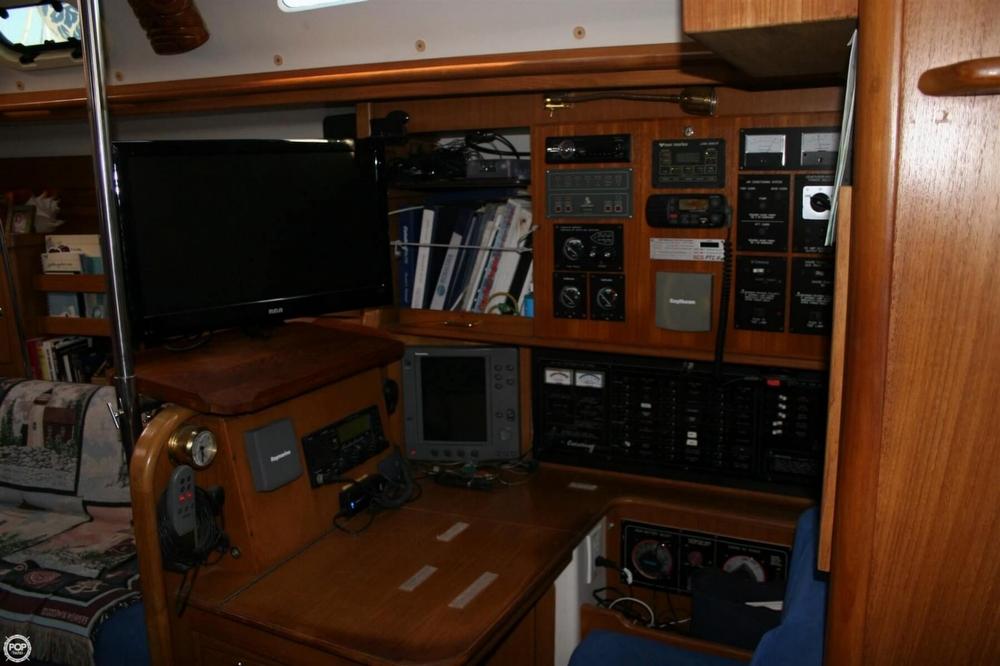 2000 Catalina 47 - Photo #21