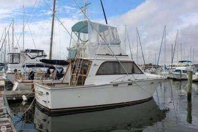 Egg Harbor 33, 32', for sale - $33,900