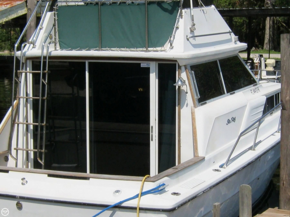 1980 Sea Ray 29 - Photo #2
