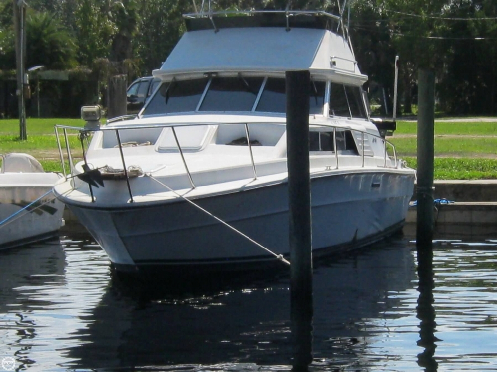 1980 Sea Ray 29 - Photo #5