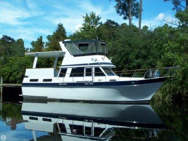 Californian 38 Double Cabin Motoryacht, 37', for sale - $50,000