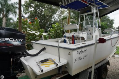Lightning 21 Open Fisherman, 25', for sale - $12,500