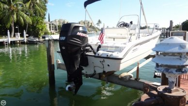 Boston Whaler 180 Dauntless, 18', for sale - $29,900