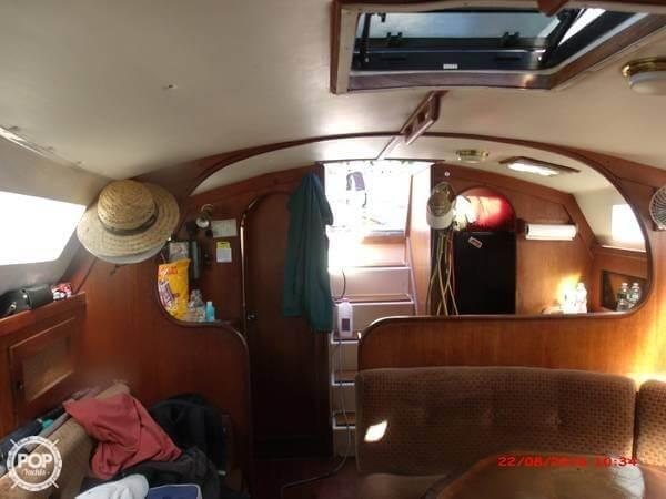 1984 Freedom Yachts 32 - Photo #5