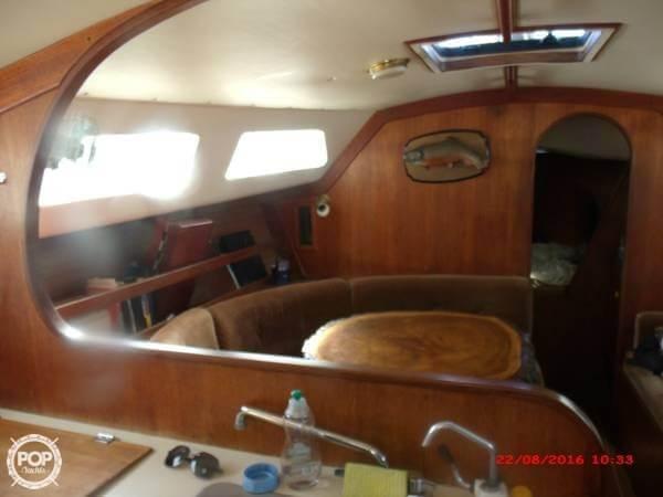 1984 Freedom Yachts 32 - Photo #7