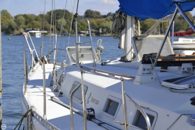 Beneteau moorings 38, 38', for sale - $45,000