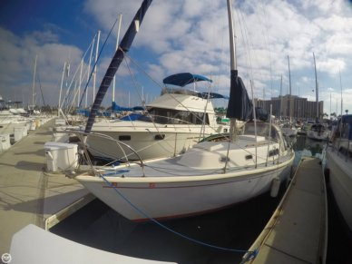 Pearson 30, 29', for sale - $9,000