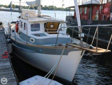 Fales 32 Navigator, 32', for sale - $37,500