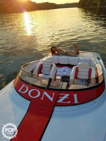 1999 Donzi 28 - Photo #4