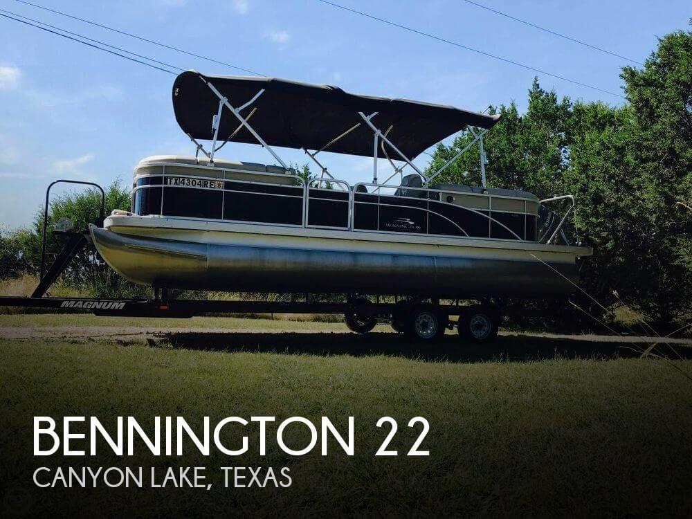 Used Bennington Pontoon Boats For Sale   Boat Buys