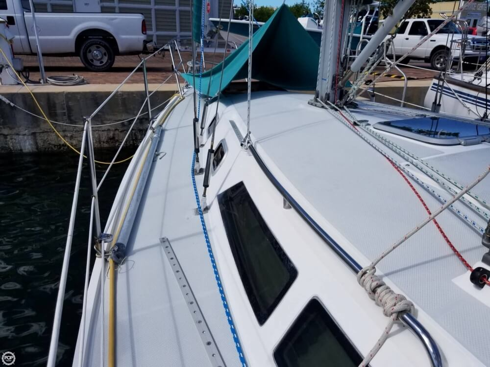 Used 1995 Catalina Yachts 320 Wing Keel For Sale