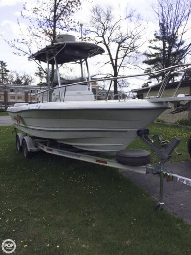 Triumph 215 Center Console, 22', for sale - $23,500