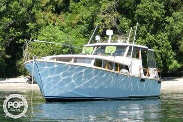 Tollycraft Explorer, 32', for sale - $7,500