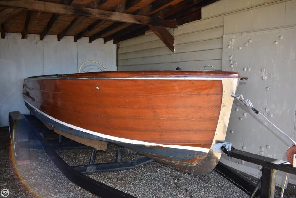 1945 Chris Craft boat for sale, model of the boat is Sportsman 18 & Image # 2 of 40