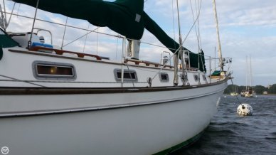 Pearson 424 Cutter- Plan C, 42', for sale - $56,900