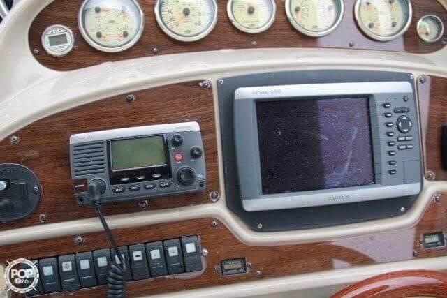 2006 Chaparral 35 - image 5